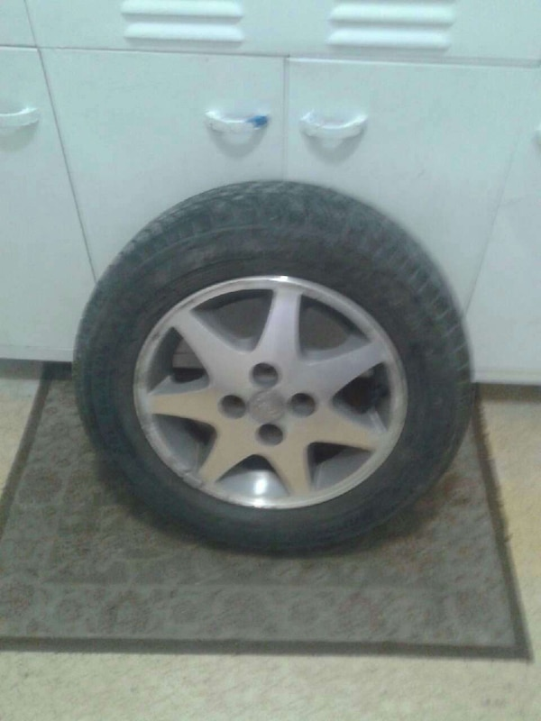 Used Tires Winnipeg >> A Set Of 4 Tires And Rims