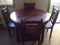 Round Hand-Crafted Wood Table w/ 4 Dining Chairs Los Angeles, 90291