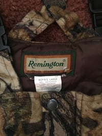 Camouflage boys Insulated Coveralls.Size Large. Bealeton, 22712