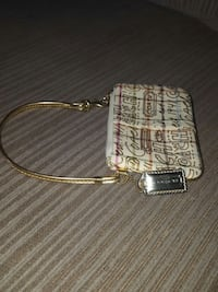 Leather coach wristlet for sale Bethesda, 20817