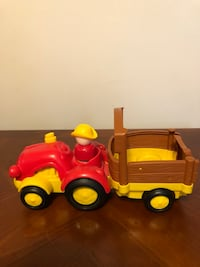 Fisher Price Little People Farm Tractor  Nottingham, 21236