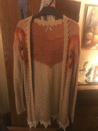 Tan and red floral cardigan with orange farmers market exchange size med Bay City, 48708