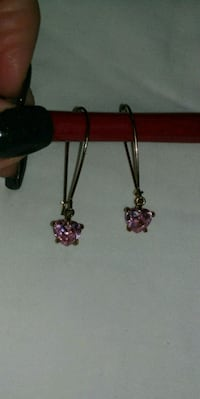 Gold Pink Hearted Earrings Toronto, M8Z 2A2