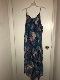 Women's blue and white floral spaghetti strap dress XL Lexington, 40509