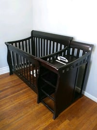 crib frame No Matress or draws
