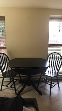 black table with 2 chairs 20008