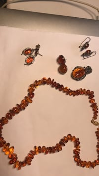 Beautiful Amber jewelry - never worn. From Museum store. Amber is not only a gorgeous stone but supposed to have healing properties as well! Buffalo Grove, 60089
