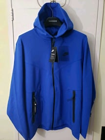 Nike Tech Pack Windrunner size Large