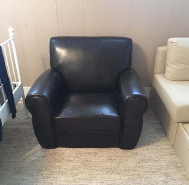 Used Black Leather Sofa Chairs For