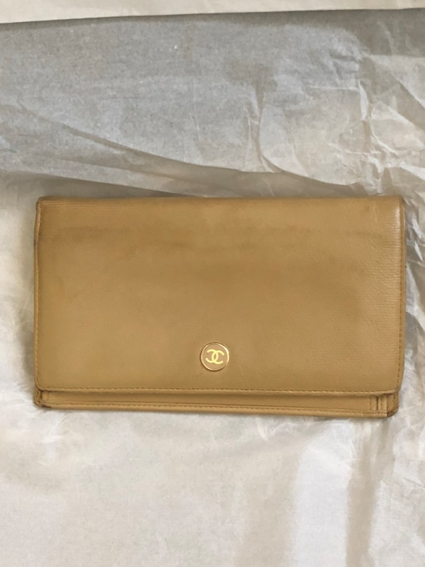 deb449fe75a6d6 Used Chanel authentic Brown leather bi-fold wallet for sale in Stockton -  letgo