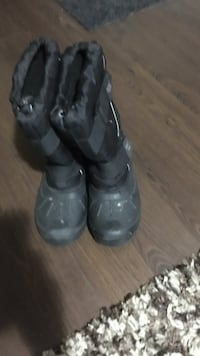 Winter boots:size 8 Winnipeg, R2K 1G9