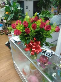 bouquet of red roses 2264 mi