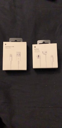 Apple Chargers and Apple Earbuds Toronto, M6E 2Z6