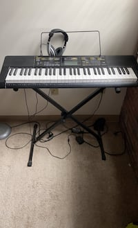 Keyboard Casio CTK 2400 Premium Pack with headphones and stand