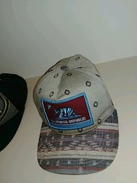 grey and maroon California Republic fitted cap 3690 km