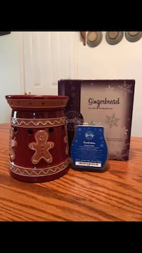 Scentsy Gingerbread Warmer & Scentsy Melts Hagerstown, 21740