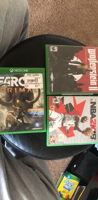 four Xbox One game cases Oxon Hill, 20745