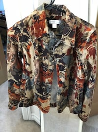 white and multicolored floral denim button-up jacket Federal Way, 98003