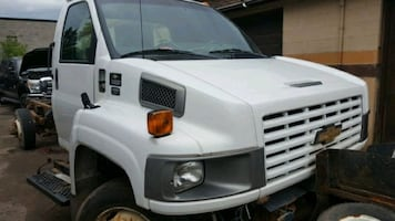 2005 c5500 parts available