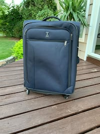 blue Travelpro rolling wheeled luggage suitcase 28tallx18.5widex11