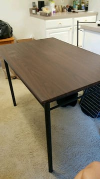 4 person table and chairs Falls Church, 22043