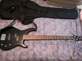 Squire by Fender Bass