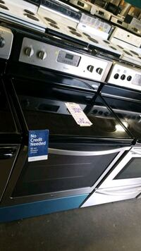 Whirlpool glass top electric Stove 30inches,  Hempstead, 11550