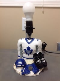 NHL TORONTO MAPLE LEAF SMALL TABLE LAMP Bolton, L7E 1X7