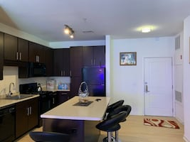 a large clean room to rent 1 bedroom 1 toilet living room dining room $ 65per night