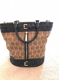Michael Kors bag in new condition Richland, 99352