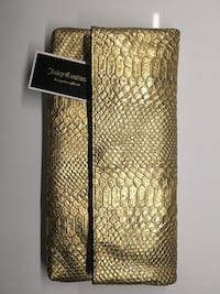 Juicy Couture Jade Gold Snake Embossed Leather Clutch New York, 10018