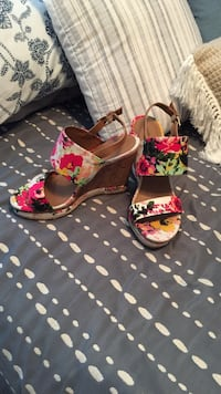 Pair of floral wedge sandals Saskatoon, S7V 1H9
