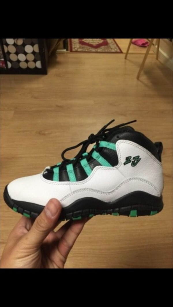 c189d7468694ab Used Children s unpaired white black and green air jordan 9 for sale in  Daly City - letgo