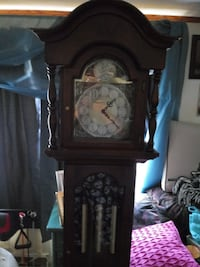 Grandfather clock Silver Spring