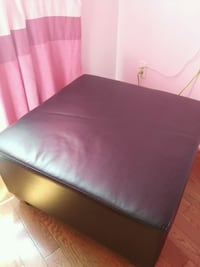 black leather padded ottoman bed Vaughan, L4K 1G9