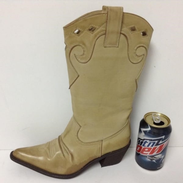 New pair of ladies Cowboy boots.