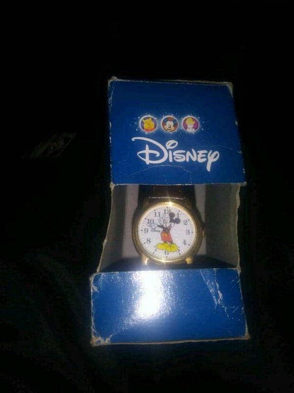 mickey mouse watch  0