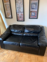 Genuine leather couch Toronto, M9A 4A9