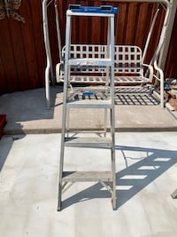 5ft Step Ladder