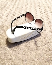 Fendi sunglasses FF's paid $390 Good condition. Washington, 20002
