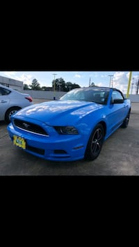2013 ford mustang convertible  Houston