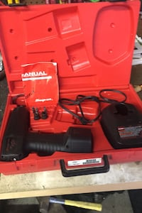 Snap-On. 3/8 impact w/ charger, Manuel, misc bits, good battery