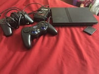 Black sony ps2 2 controllers  1959 mi