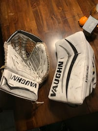 Vaughn V6 Pro Carbon Pro Spec Senior Glove and Blocker South Dartmouth, 02748