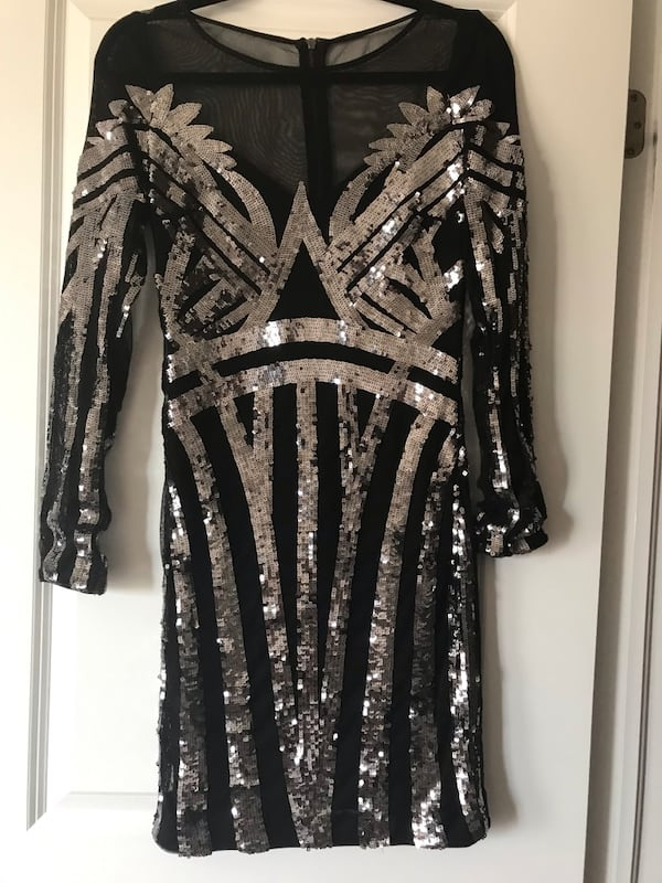 Short sequin dress 07a02b84-e8e8-44fa-bce7-074e8e1d2da4