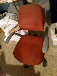 red and black rolling armchair Aurora, 80017