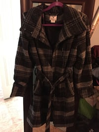 black and gray plaid coat Kalamazoo charter township, 49006