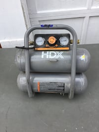HDX air compressor works well  Oyster Bay, 11771