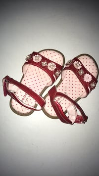 Toddler Sandals w/Jeweled Flowers Independence, 64054
