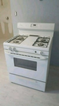30 inch gas stove. Used 3 years  Brooklyn, 11203